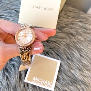 LAST 1 ‼️NWT authentic MK silver rosegold watch